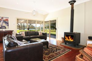 Terara Riverside Retreat - Surfers Gold Coast